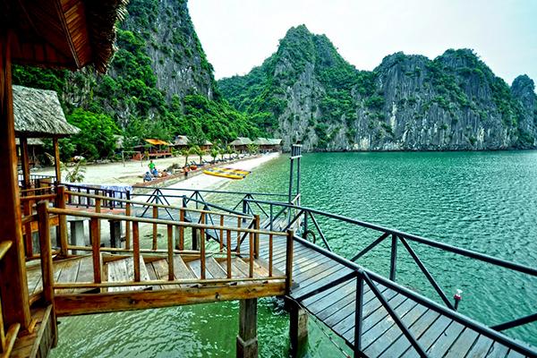 Vẻ đẹp tuyệt mỹ của Vịnh Lan Hạ