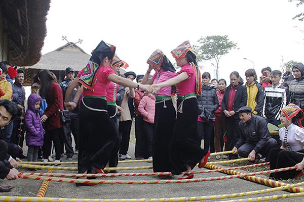 Nhảy sạp của dân tộc Mường