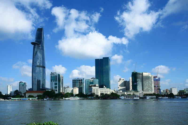 Vé máy bay Đồng Hới đi Sài Gòn giá rẻ chỉ từ 290.000 đồng