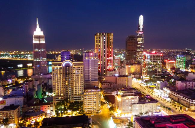 Vé máy bay Vinh đi Sài Gòn giá rẻ chỉ từ 390.000 đồng tại Ve5s.vn